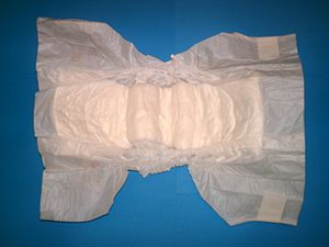 English: Disposable diaper, size 12-25kg/26-55lb.